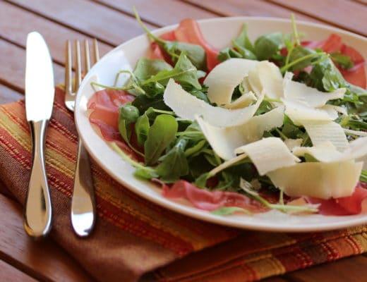Ensalada-de-rúcula-y-cecina-nutricionista-valencia-nutt-elisa-escorihuela
