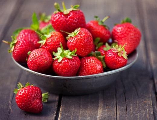 llega-la-primavera-y-con-ella-las-fresas-propiedades-nutricionista-valencia-nutt-elisa-escorihuela
