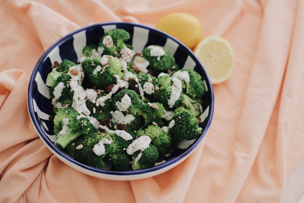 ensalada-de-brocoli-dietista-nutricionista-valencia-receta-saludable-nutt-portada