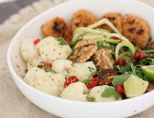 Ensalada con nuggets de tofu nutriconista valencia