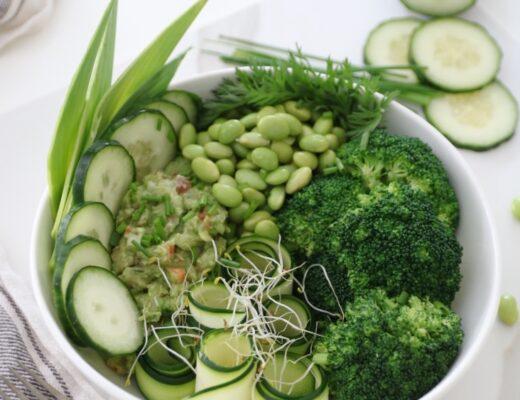 Ensalada de verduras muy verde nutricionista Valencia