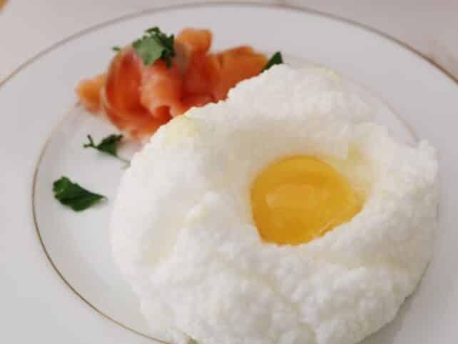 desayuno para el día de la madre huevo nube nutricionista valencia nutt elisa escorihuela