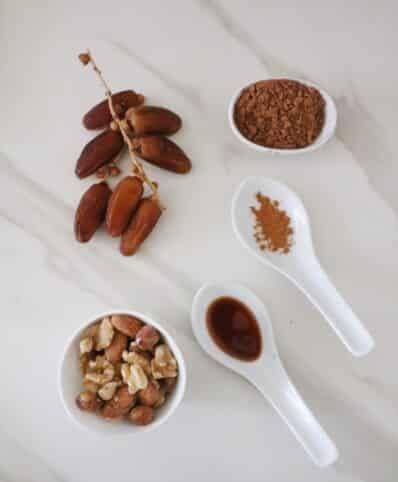 Ingredientes Bombones de dátiles y frutos secos nutricionista Valencia