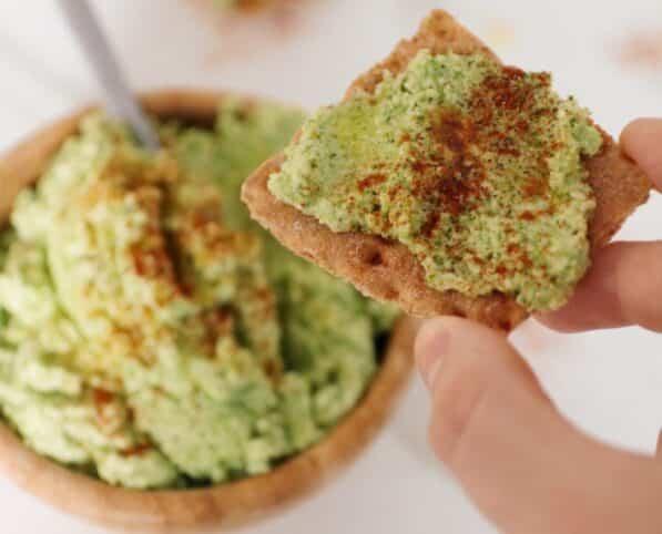 Pate-de-brocoli-saludable-nutt