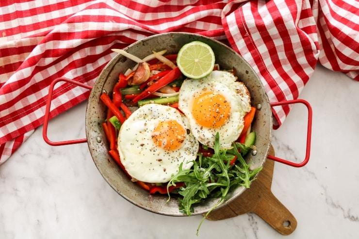 Sartén de huevos con verduras nutricionista valencia